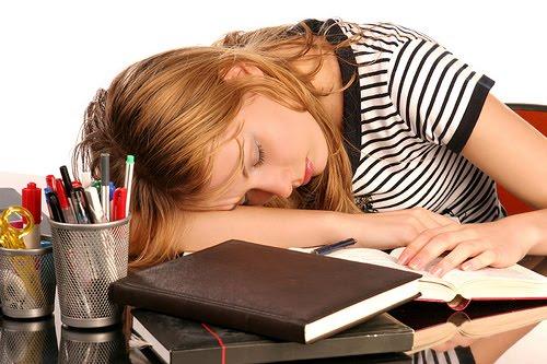 Uyku Bozukluğu Hayatınızı Zehir Edebilir