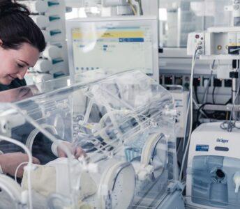 Prematüre Bebekler Drager'le Nefes Alıyor